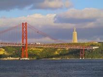 Brücke in Lissabon Stockbild