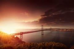 Brücke in Lissabon Portugal Stockbild