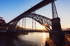 Brücke Luiz I in Porto Stockbilder