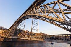 Brücke Luiz I in Porto Lizenzfreie Stockfotos