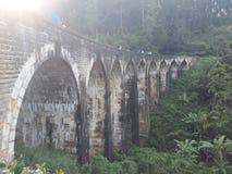 Brücke mit neun Bögen lizenzfreie stockfotos