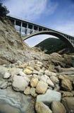 Brücke mit Steinen Lizenzfreies Stockbild
