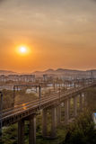 Brücke Nanjings der Jangtse für Zug Stockbild