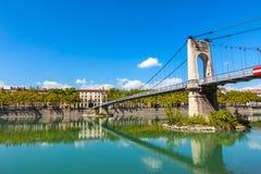Brücke Old Passerelle du College über der Rhone in Lyon, Franken Lizenzfreies Stockbild