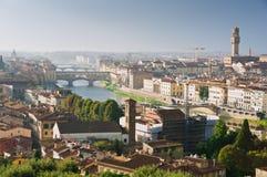 Brücke Ponte Vecchio in Florenz stockfoto