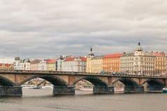 Brücke in Prag Stockbilder