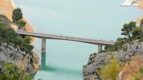 Brücke am See von See von Sainte-Croix stock video footage