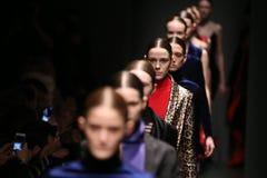 Brücke Sudi Etuz in Mercedes-Benz Fashion Week Istanbul Stockfotografie