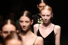 Brücke Sudi Etuz in Mercedes-Benz Fashion Week Istanbul Stockfotos