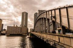 Brücke in Tokyo lizenzfreie stockfotos