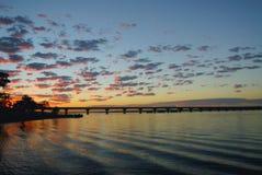 Brücke und Fluss Stockfotografie