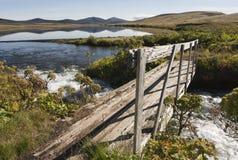 Brücke und reflction auf Wasser in Island Stockfotografie
