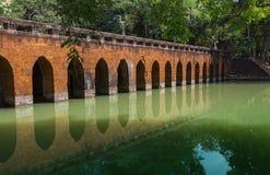 Brücke unter dem Fluss Stockbilder