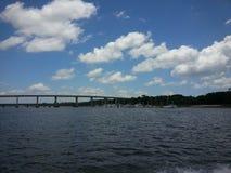 Brücke vom Fluss Stockbild