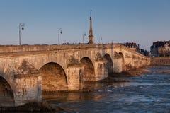 Brücke von Blois, von Loir und von Cher Stockfotos