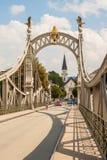 Brücke von Laufen (Bayern, Deutschland) zu Oberndorf-bei Salzburg Stockfotos