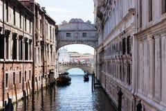 Brücke von Seufzer ponte dei sospiri Lizenzfreie Stockbilder