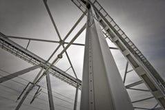 Brücke von unterhalb Stockfotografie
