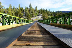 Brücke zu den Monoheißen quellen Stockfotografie