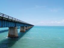 Brücke zu nirgendwo Lizenzfreie Stockbilder