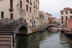 Brücken über den Kanälen Lizenzfreie Stockfotografie