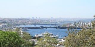 Brücken auf goldener Horn-Bucht in Istanbul Stockbild