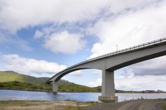 Brücken bei Fredvang in Lofoten Norwegen Lizenzfreie Stockfotografie