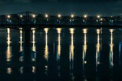 Brücken-Lichter stockfotografie