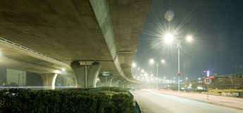 Brücken-Nacht Lizenzfreies Stockfoto