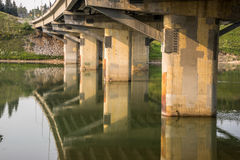 Brücken-Säulen Edmontons Quinell nach Erneuerung Stockbild