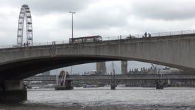 Brücken und Symbole von London stock video footage