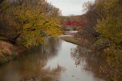 Brücken von Madison County-überdachter Brücke auf dem Fluss stockbild