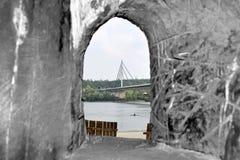 Brückenabflussrinne eine hölzerne Ausstellung, Novi Sad lizenzfreies stockfoto