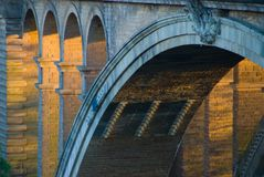 Brückennahaufnahme Pont Adolphe, Luxemburg stockbild