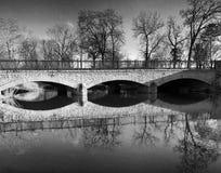 Brückenreflexion Stockbild