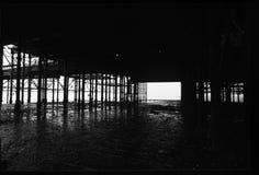 Brückenstruktur nahe Nordmeer stockbild