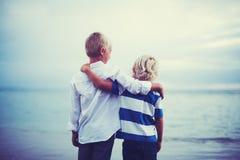 Brüder, Freundschafts-Konzept Lizenzfreies Stockfoto