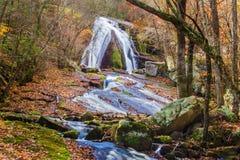 Brüllen Laufwasserfall, Eagle Rock, VA Lizenzfreie Stockbilder