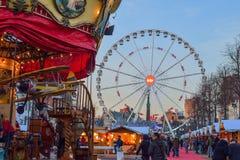BRÜSSEL, BELGIEN - 5. Dezember 2016 - Weihnachtsmarkt im Heilig-Catherine-Quadrat Lizenzfreies Stockbild