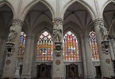 Brüssel - Nave der Kathedrale des Heiligen Michael Stockfotos