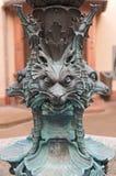 Brązowa baza Herkules fontanna w podwórzu urząd miasta Roemer, Frankfurt obraz royalty free