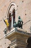 Brązowa statua. obrazy royalty free