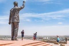 Brązowa statua Nelson Mandela na Morskim wzgórzu obraz stock