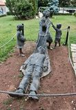 Brązowa statua, Rozpacza wdowy, muzeum Kalavryta holokaust, Peloponnese, Grecja obraz stock