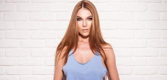 brązowe włosy długie kobieta fotografia stock