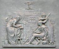 Brązowy drzwi z wizerunkiem życie St Paul: Zamiana centurion Zdjęcia Royalty Free