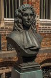 Brązowy popiersie Doktorski Thomas Montanus na słonecznym dniu przy Bruges Fotografia Stock
