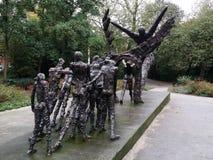Brązowy Stateus w Amsterdam Holland Calles abolici niewolnictwo w Suriname fotografia royalty free