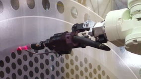 Braço robótico video estoque