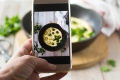 Brać obrazek jedzenie zdjęcie stock